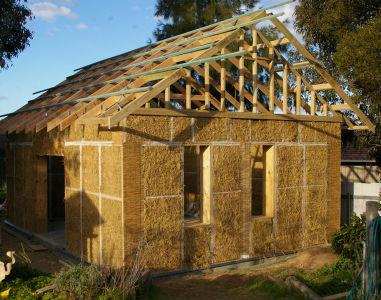 1-Materiali-naturali-in-edilizia-report-UK-allerta-sui-potenziali-rischi-di-canapa-e-paglia